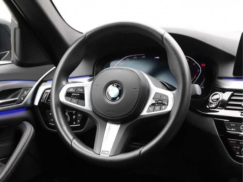 BMW 5 Serie 520i High Executive M-Sport afbeelding 6