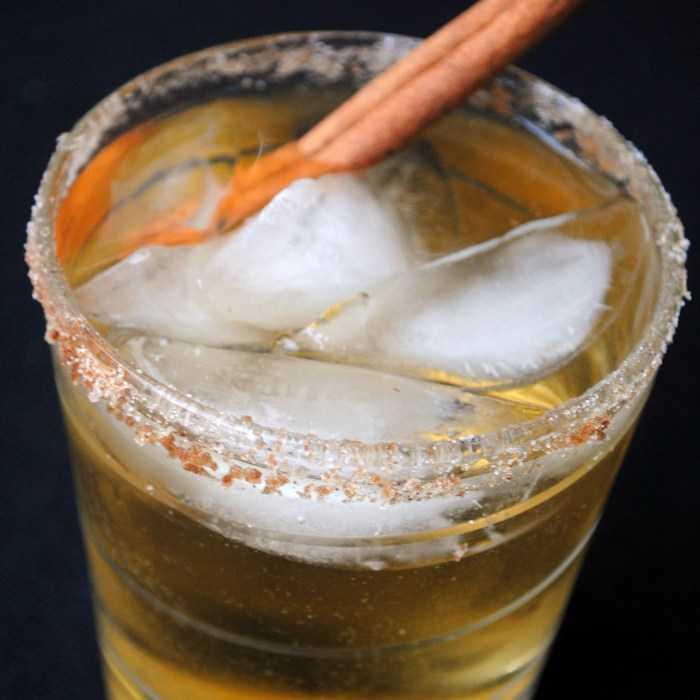 Apple Grande Cocktail