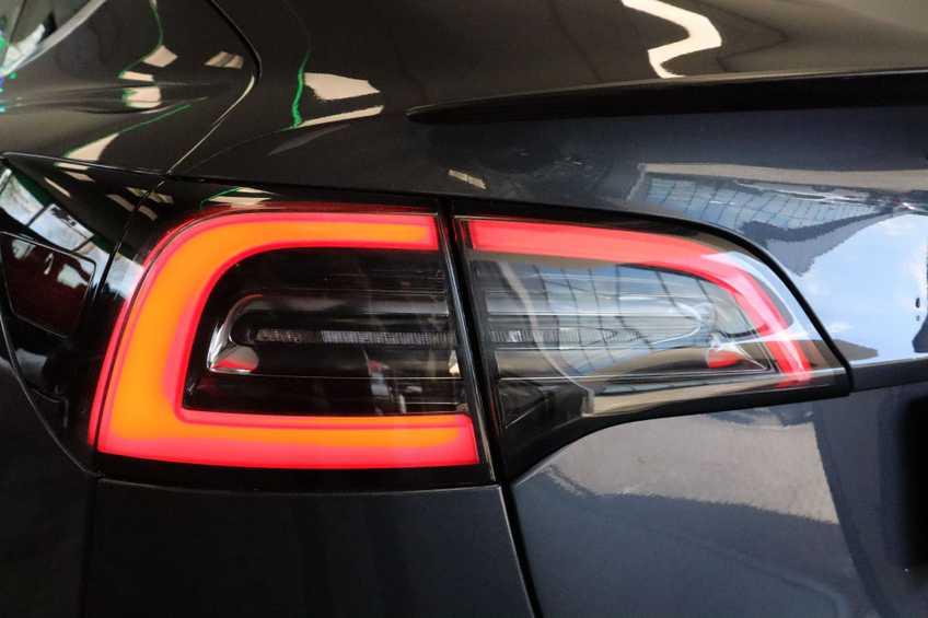 Tesla Model 3 Performance | prijs ex.btw 51450,- | 20`LM Donker grijs. afbeelding 18