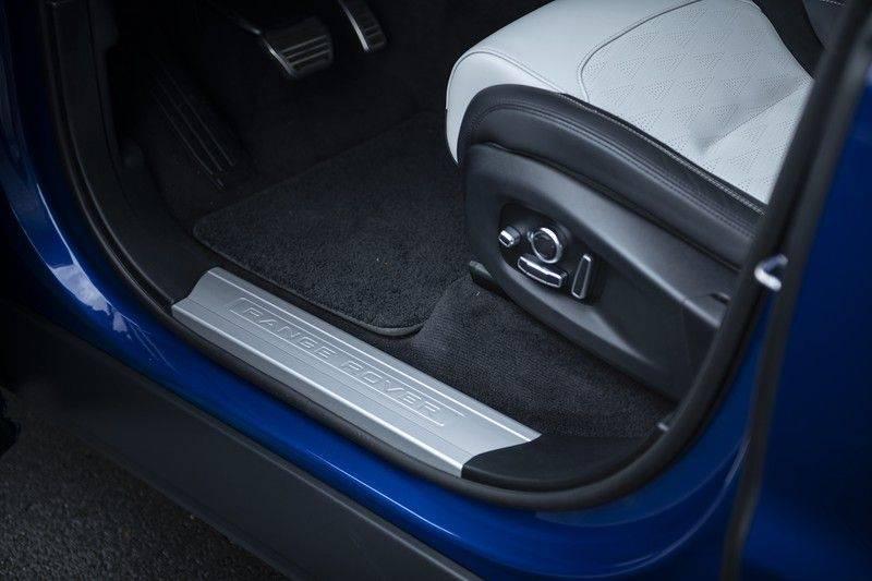 "Land Rover Range Rover Sport P575 SVR 'Solid Gloss Avocado' Carbon SVR motorkap + Drive Pro Pack + Panoramadak + 22"" + Stoelkoeling + Head-Up + Stuurwielverwarming + Carbon interieur afbeelding 13"