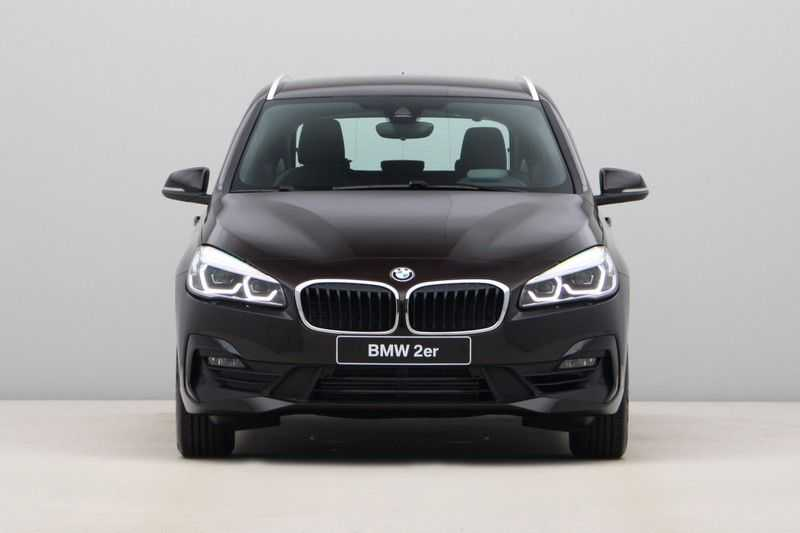 BMW 2 Serie Active Tourer 218i High Executive afbeelding 2