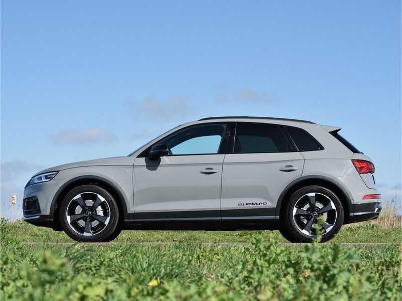 Audi Q5 2.0TFSI 252pk Quattro Black Optic Alle Opties! Lucht Tr.Haak Ruitleder Carbon Matrix Pano 20-Inch afbeelding 2
