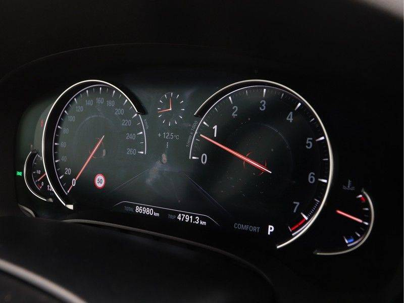 BMW 6 Serie Gran Turismo 640i High Executive M-Sport afbeelding 3