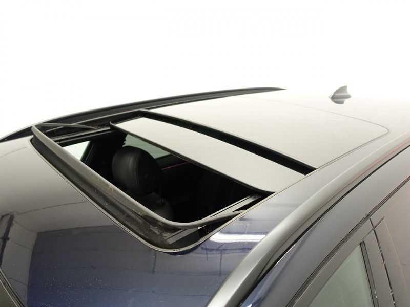 BMW 5 Serie Touring 520i High Exe 210pk M- Perfomance Powerkit- Pano, Leer, Full afbeelding 4