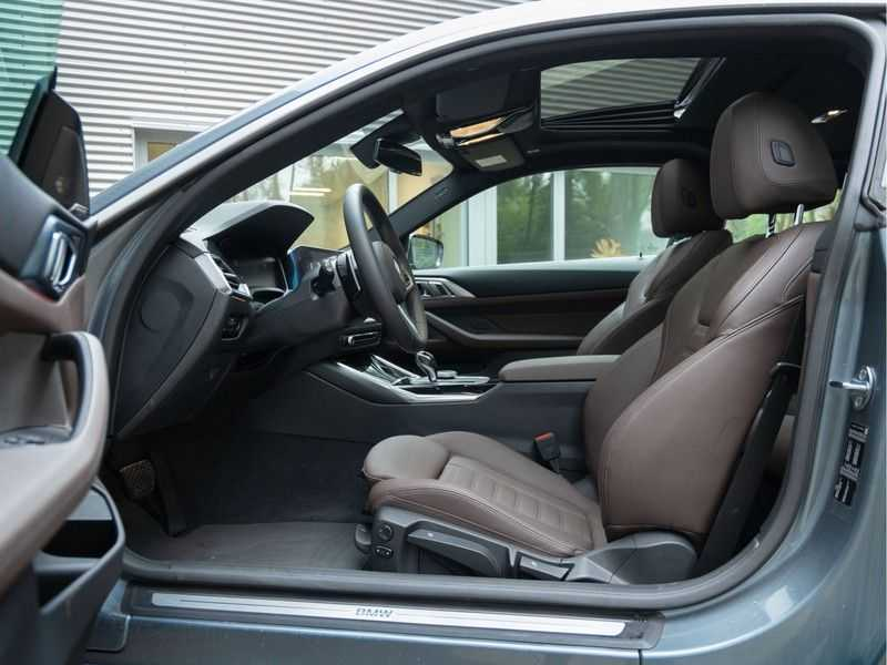 BMW 4 Serie Coupé 430i High Executive - Dak - Camera - Harman Kardon afbeelding 21
