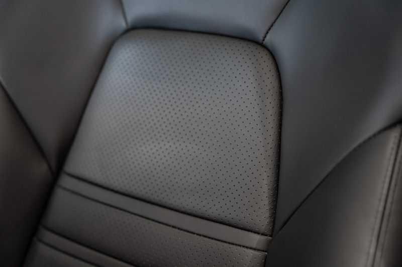 Porsche Cayenne Coupé Hybrid Sport Design Hoogglans 22' Adaptieve Sport Stoelen ACC Surround 3.0 E-Hybrid afbeelding 15