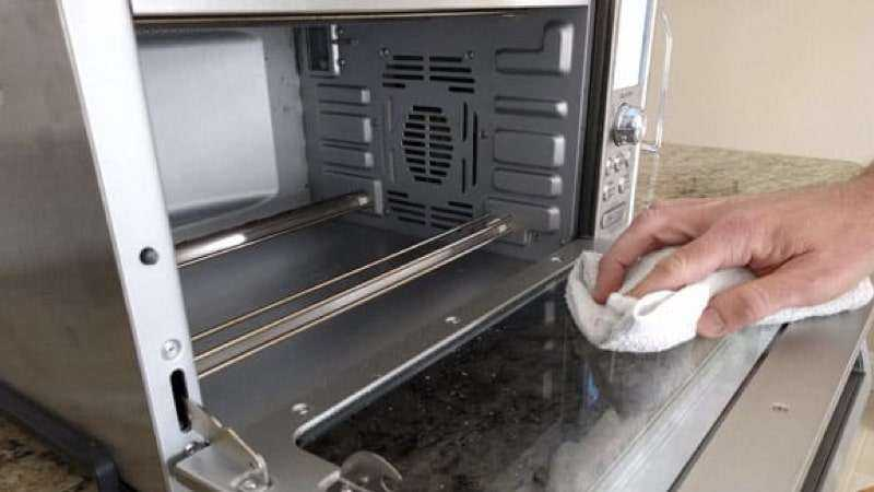 Cleaning Toaster Oven