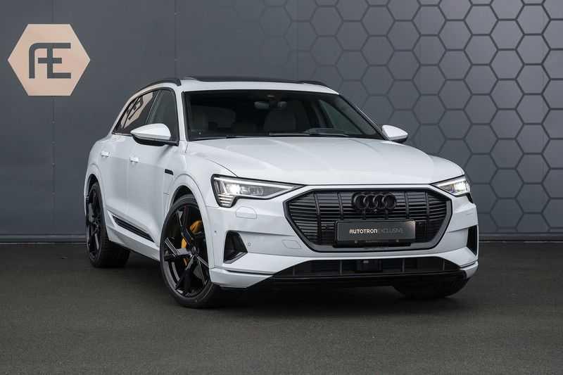 "Audi e-tron e-tron 55 quattro advanced Pro Line S 4% bijtelling!! DEC. 2018!! € 146,- netto bijtelling pm! Head-up + B&O etc. Tot januari 2024 4% bijtelling!! Prijs inclusief 22"" velgen afbeelding 9"