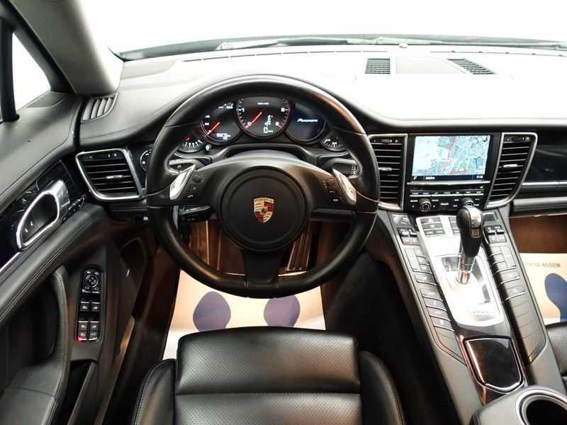 Porsche Panamera 3.0D Black Edition 300pk Autom- Schuifdak, Leer, Camera, Navi, Xenon, Memory, LMV afbeelding 5