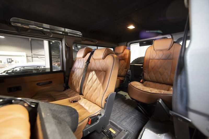 Land Rover Defender 2.4 TD 110 SW SE 7-zits Extreem compleet! afbeelding 5