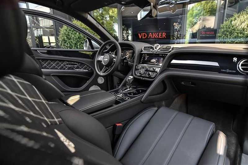 Bentley Bentayga V8 FIRST EDITION MULLINER+BLACKLINE+MASSAGE afbeelding 3