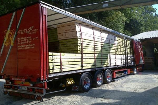 Schnittholztransporte