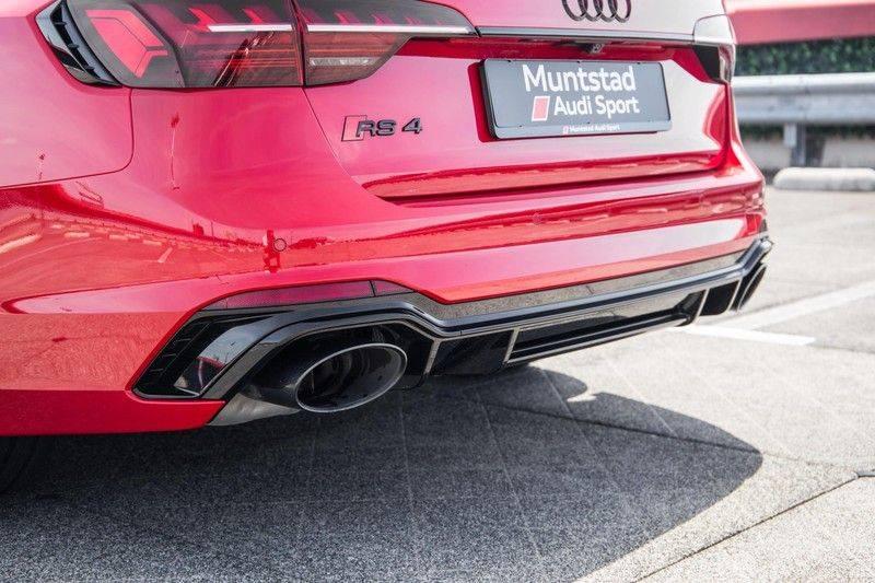 Audi RS4 Avant 2.9 TFSI quattro   450PK   Sportonderstel Plus   Panoramadak   Inleg Carbon   B&O   Sportdifferentieel   Head-up afbeelding 15
