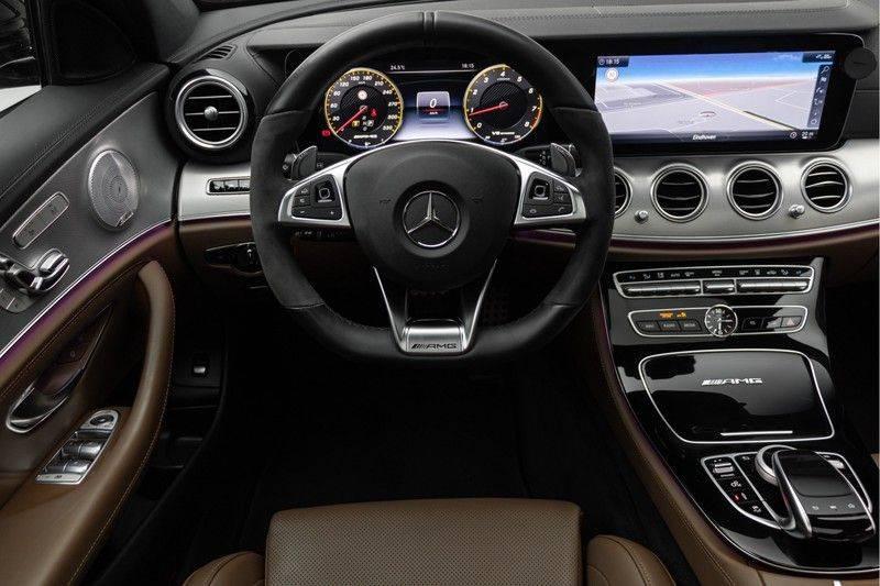 """Mercedes-Benz E-Klasse E63s AMG 4Matic 612pk Panoramadak Distronic Schaalstoelen Burmester ComandOnline Keyless 20"""" Parktronic Pdc VerlengdeGarantie t/m 03/2022 afbeelding 3"""