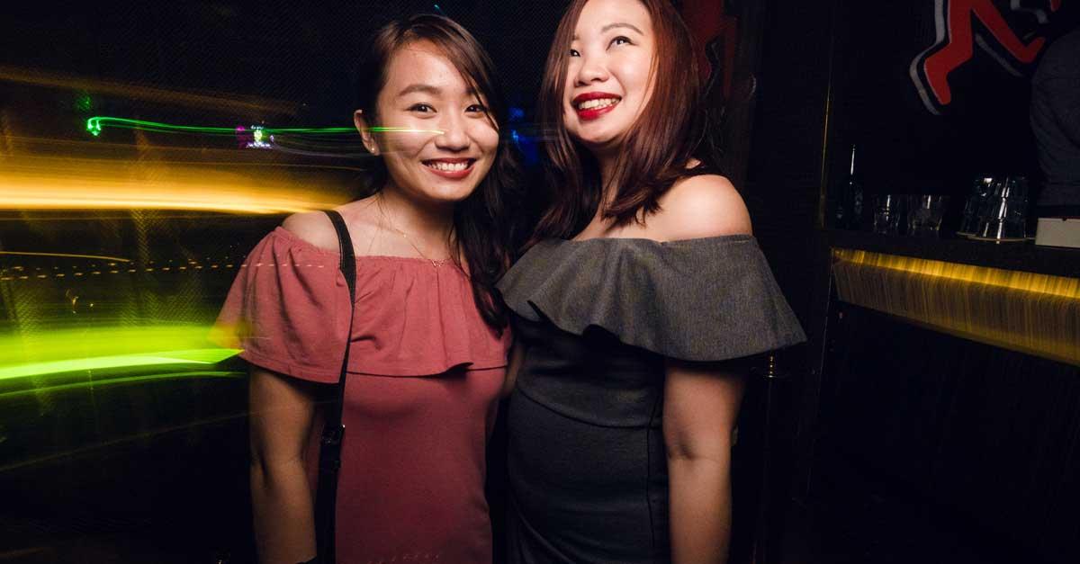 5 Cara Memanfaatkan Smartphone Ketika Clubbing