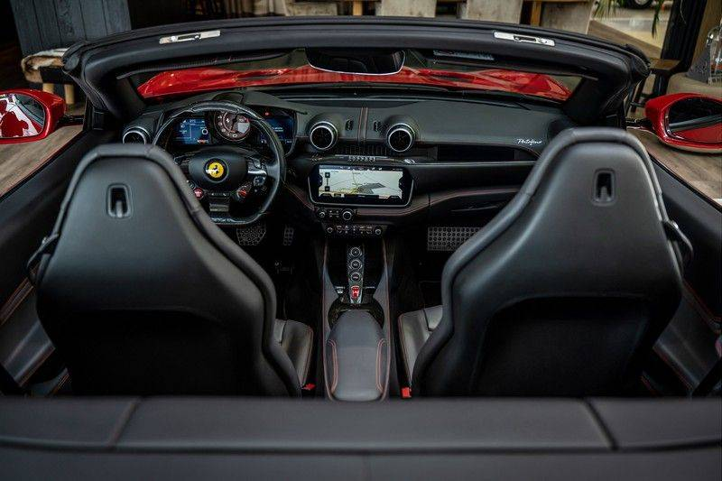Ferrari Portofino 3.9 V8 HELE   TwoTone Exclusive   Carbon   Passengerdisplay   Memory   Sportstoelen afbeelding 23