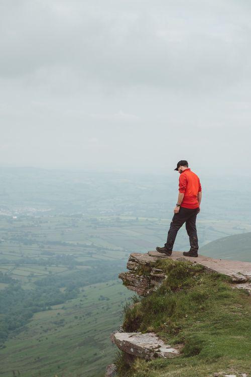 Hiking the horseshoe ridge route to Pen y Fan