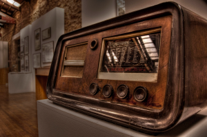 Old Radio - Xristoforos