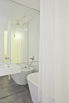 0040-amsterdam-apartment.jpg
