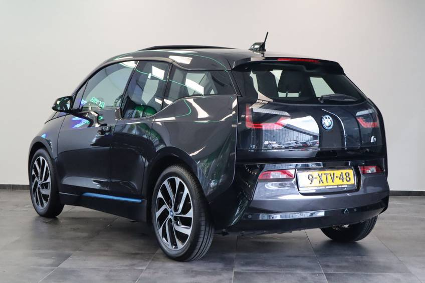 BMW i3 Basis Comfort Advance 22 kWh Marge Warmtepomp Navigatie Clima Cruise Panorama afbeelding 3