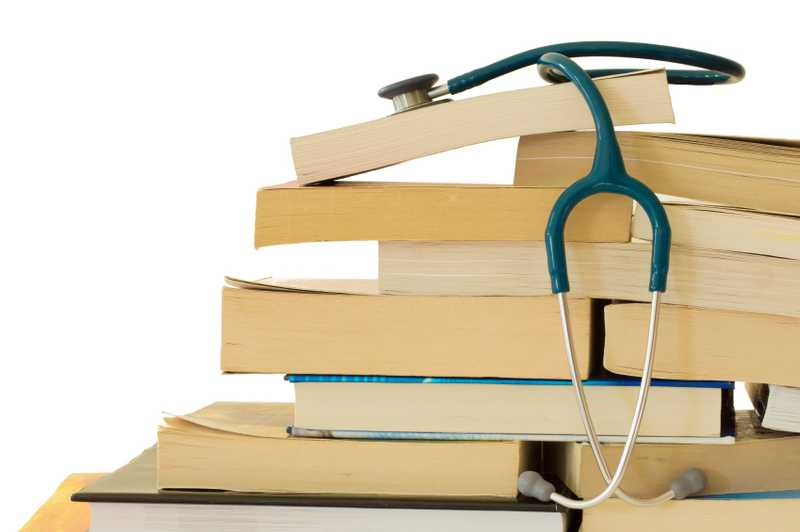 Maximize Your Career Potential While in Nursing School