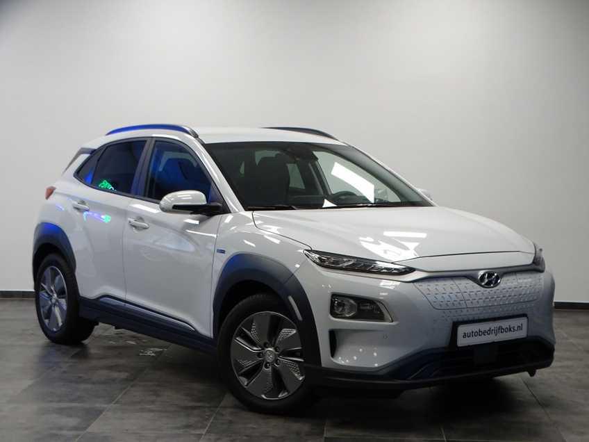 Hyundai Kona EV Premium 64 kWh Ex BTW 4% Bijtelling Leder Navi HUD Clima Camera afbeelding 1