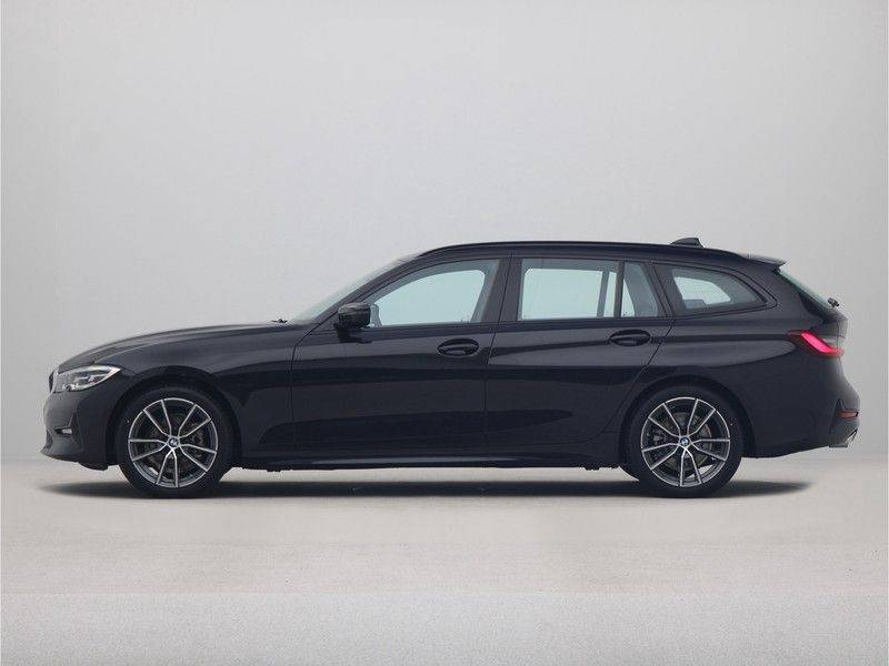 BMW 3 Serie Touring 318i Executive Sport Line Automaat afbeelding 12