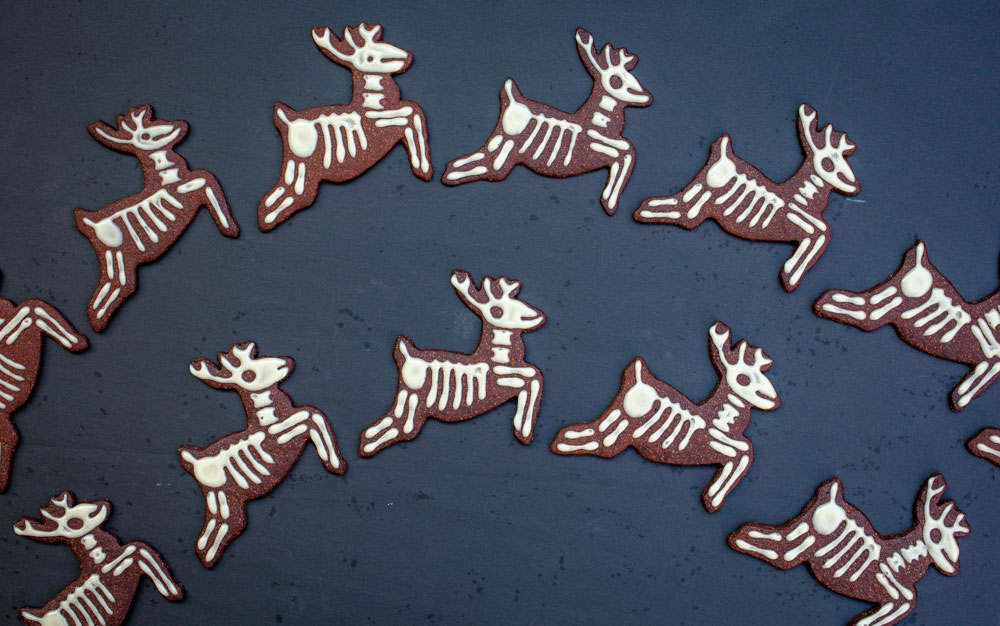 vegan skeleton reindeer cookies