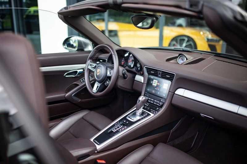 Porsche 911 Cabrio 3.0 Carrera 4S *BOSE / PDLS+ / Vierwielbest. / Sport Chrono / Sportuitlaat* afbeelding 5