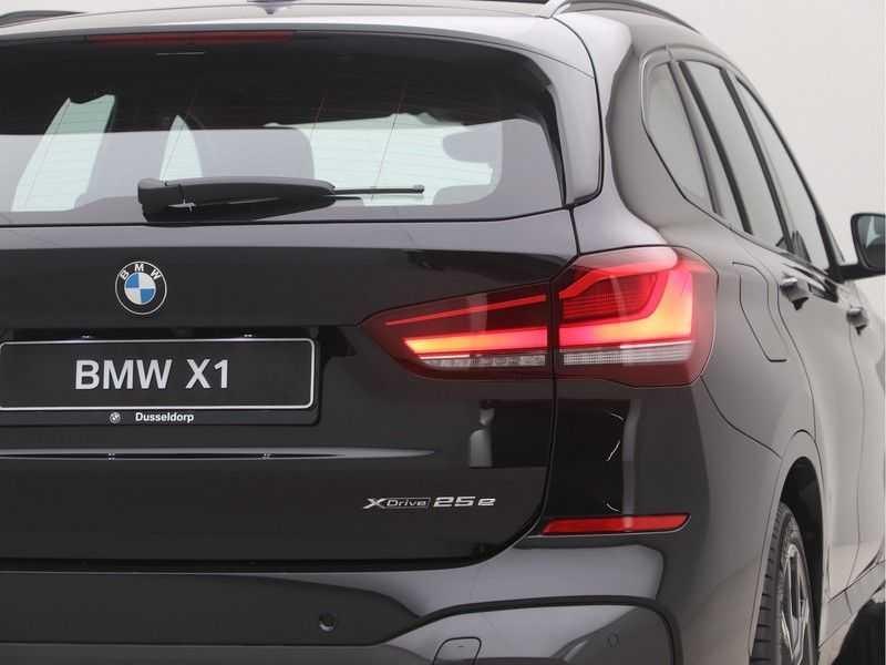 BMW X1 xDrive25e eDrive Edition M-Sport afbeelding 20