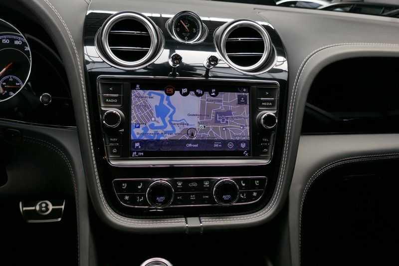 Bentley Bentayga 4.0 D Massage stoelen - Panorama - Trekhaak afbeelding 24