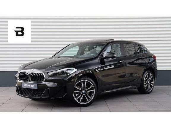 BMW X2 xDrive20i M-Sport Panoramadak, Adaptieve Cruise, Head-Up Display