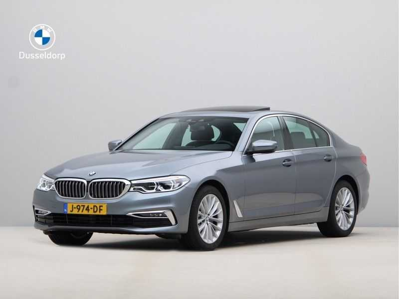 BMW 5 Serie 520i High Exe Luxury Line