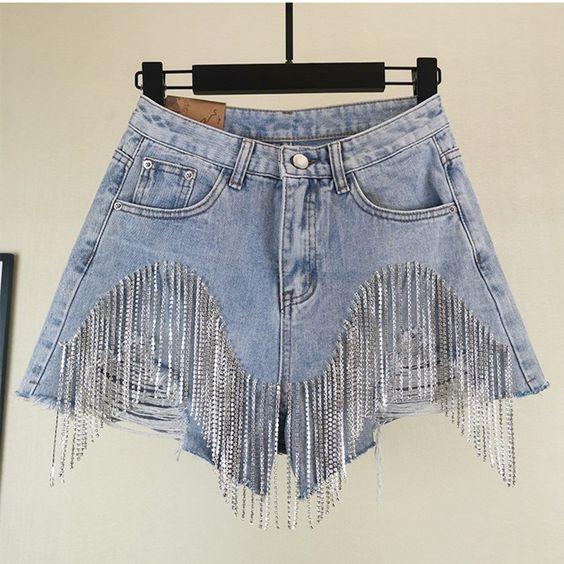 Short en jean, franges à perles