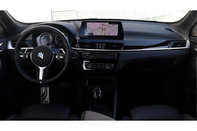 BMW X1 xDrive20i High Executive M Sport Panoramadak, Head Up Display, Trekhaak afbeelding 6