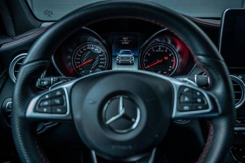 Mercedes-Benz GLC 43 AMG 4MATIC, 367 PK, 63 AMG Look, Panoramica, Airmatic, Trekhaak, Camera, LED, Comand Online, 87DKM! afbeelding 15