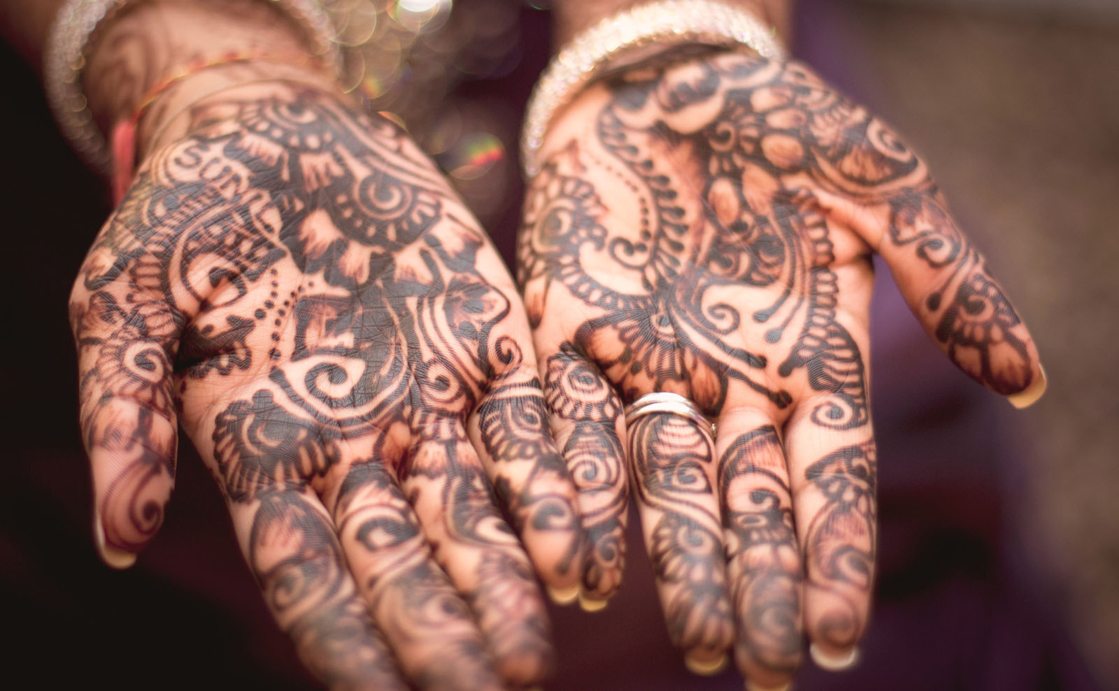 The Intricate Design and Moroccan Tradition of Henna Tattoos