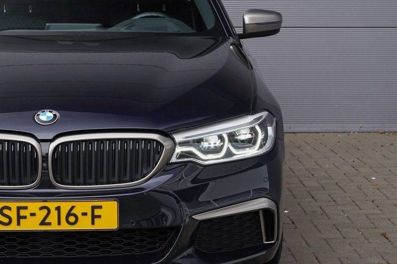 """BMW 5 Serie M550d X-Drive M-Pakket Shadow B&W Camera 360° Massage 20"""" afbeelding 13"""