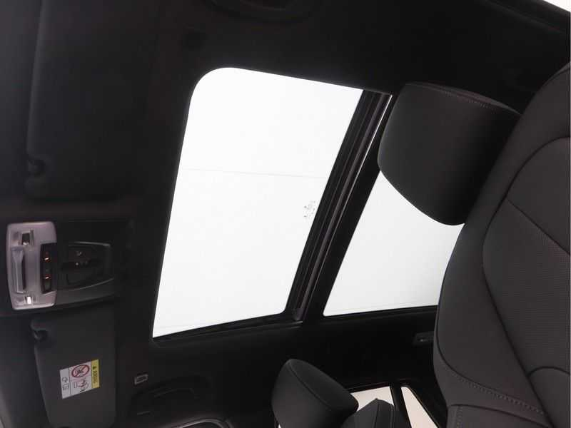 BMW X1 sDrive 20i High Executive M-Sport Automaat afbeelding 20