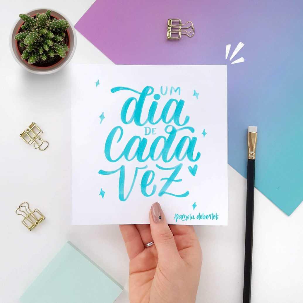 Arte com a técnica de brush lettering