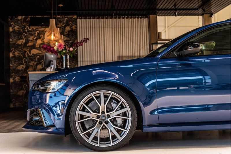 Audi RS6 Avant 4.0 TFSI quattro Performance   Ceramic   B&O   Head-up Display   Panorama   Milltek uitlaatsysteem afbeelding 10