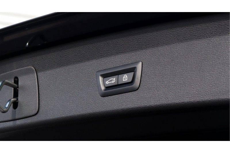 BMW X1 xDrive20i High Executive M Sport Panoramadak, Head Up Display, Trekhaak afbeelding 20