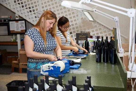 Making custom wine bottles