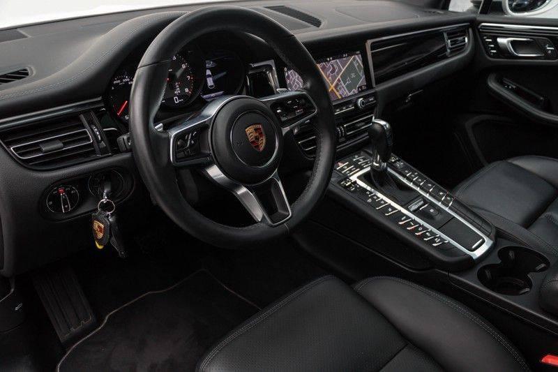 Porsche Macan 3.0 S 354pk PDK Black Design Nieuw Model (Krijt) Luchtvering Panoramadak ACC Sportleder+Memory Full-Led Bochtenverlichting Navi/High Privatglass AppleCarplay 21'' Camera Pdc Trekhaak afbeelding 17