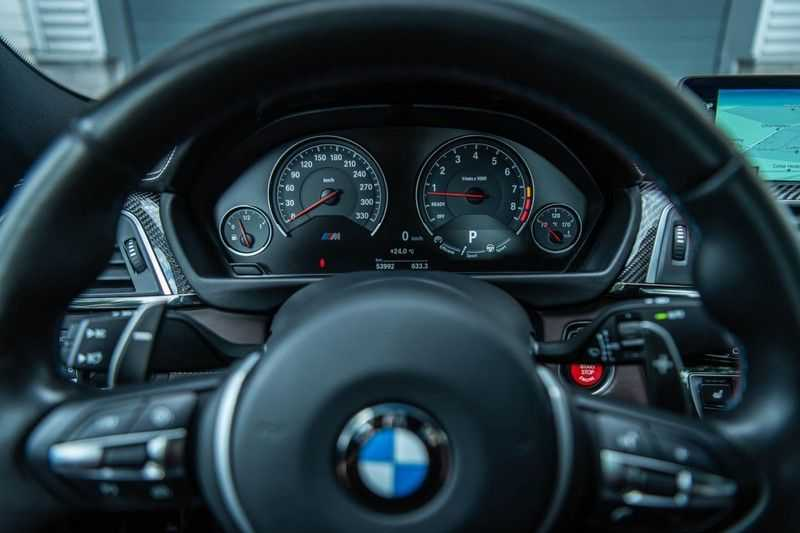 BMW 3 Serie M3 Competition DCTA, 450 PK, Facelift, Akrapovic, Harman/Kardon, Head/Up, LED, Surround View, Carbon, 2017, Org. NL!! afbeelding 14
