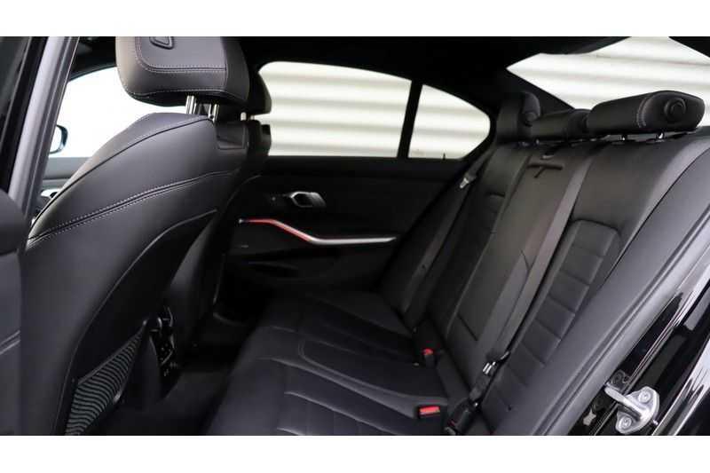 BMW 3 Serie 320i High Executive M Sport, Harman/Kardon, Live Cockpit Professional afbeelding 14