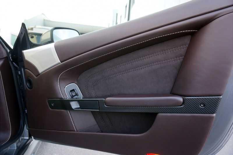 Aston Martin DBS 6.0 V12 afbeelding 13