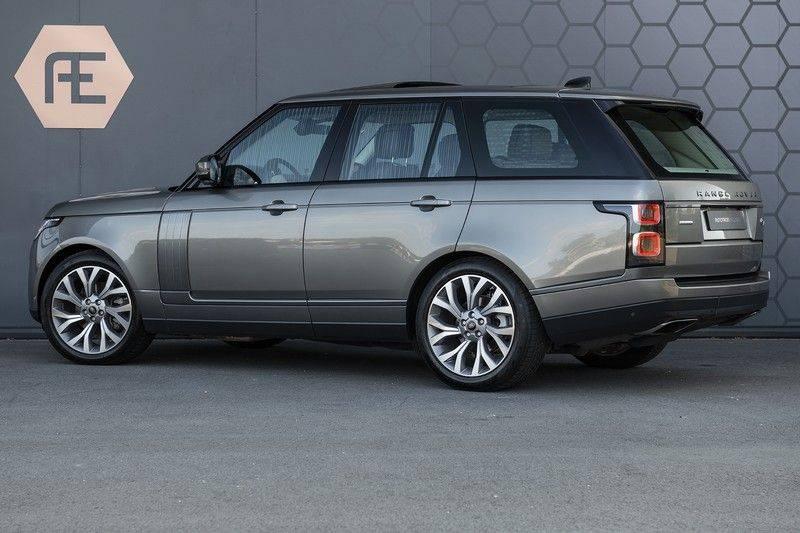 Land Rover Range Rover 3.0 TDV6 Autobiography Verwarmde Gekoelde en Massage Stoelen + Trekhaak + Adaptive Cruise Control + Head Up Display + 360 Camera afbeelding 3