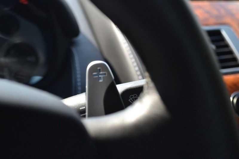 Aston Martin DB9 5.9 V12 afbeelding 6