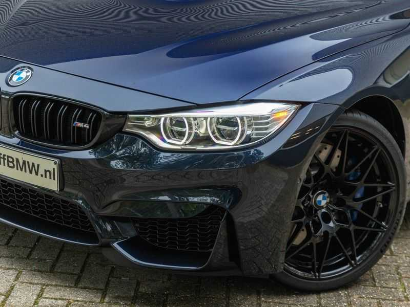 BMW 4 Serie Coupé M4 Competition - Individual afbeelding 8